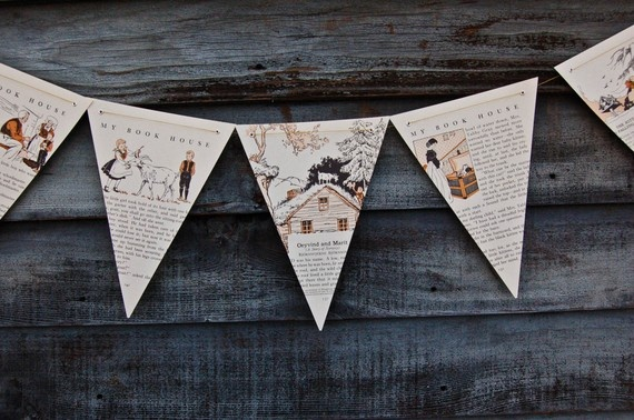 book-bunting