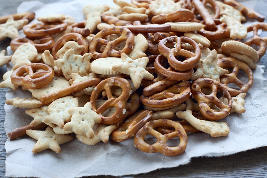 Pretzels-crackers