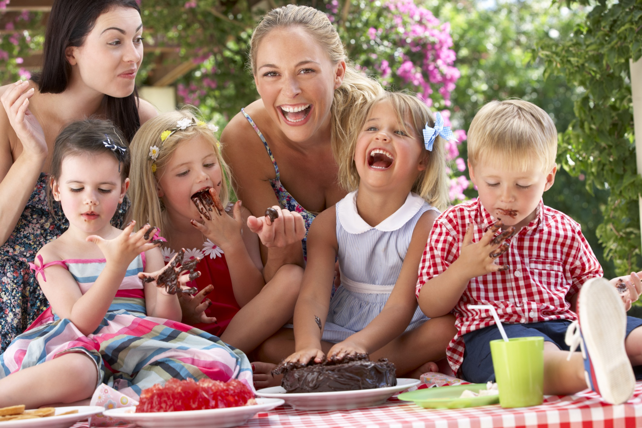 kids-moms-birthday-party