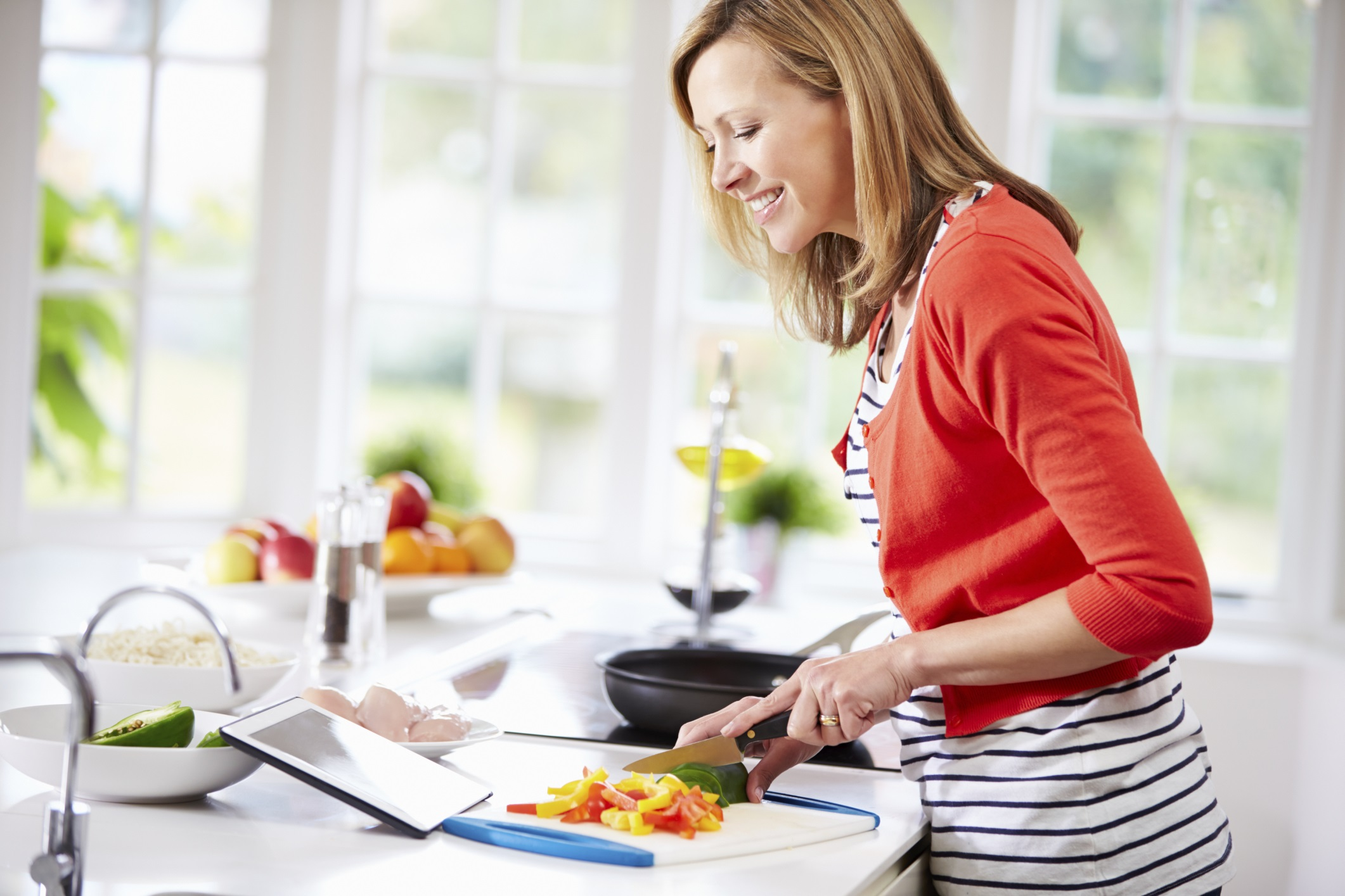 Kitchen Safety: 5 Principles Every Cook Should Know - Lakeside ...