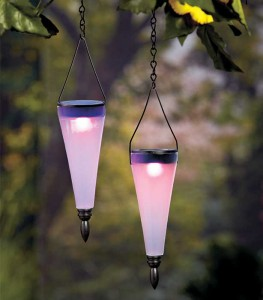 The cool shape of this Set of 2 Color-Changing Solar Lanterns gives your yard a modern look while casting a rainbow of colors in the darkness.
