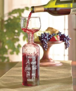 The Wine Bottle Glass is perfect for the wine lover. It hold a full-sized 750ml bottle.