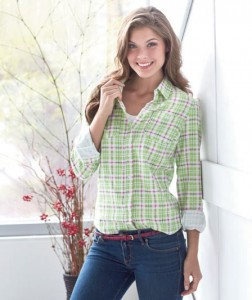The Women's Feminine Fit Flannel Shirt is a laid back style made just for you.