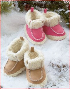 shearling-infant-booties