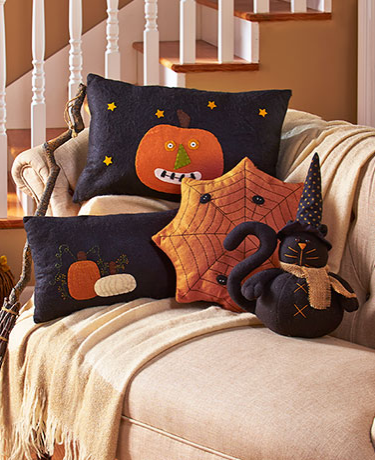 primitive-country-halloween-pillows