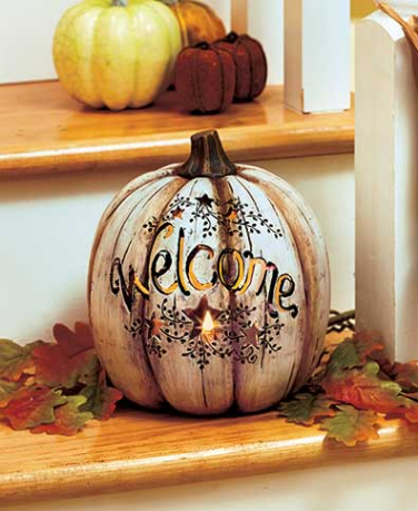 country-lighted-welcome-pumpkin