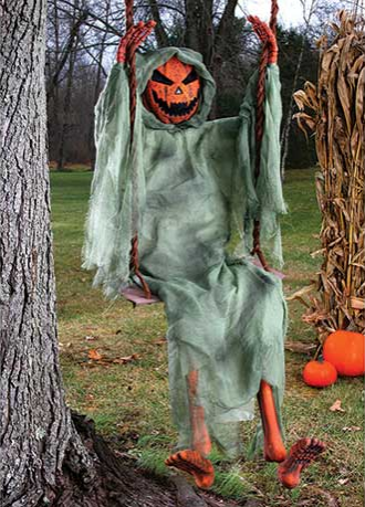 swinging-dead-creatures-pumpkin-decorations