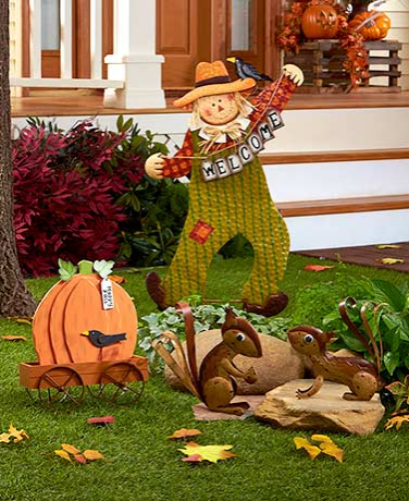 welcome-fall-garden-decor-pumpkin-decorations