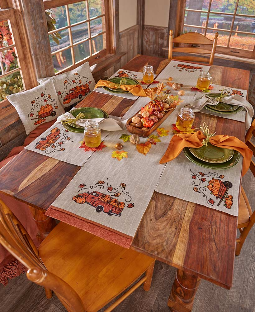 Fall Table Decoration Ideas For Your Family Dinners The Lakeside Collection
