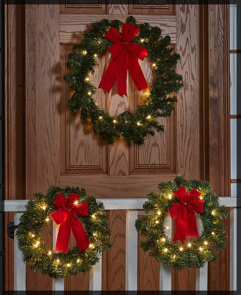 Remote-Controlled Outdoor Lighted Wreaths