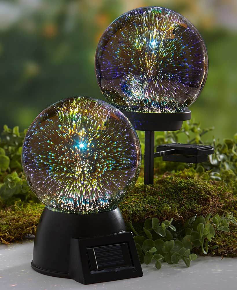 3D Effect Solar Glass Gazing Ball