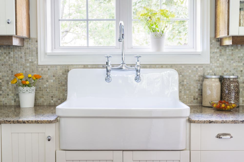 Decorating Ideas For Country Kitchen - Farmhouse Sink