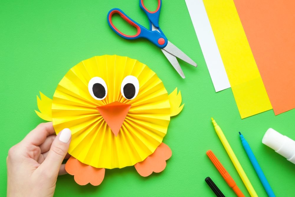 Easy Easter Crafts - Paper Rosette Chick