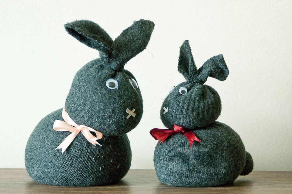 Easy Easter Crafts - Sock Bunnies