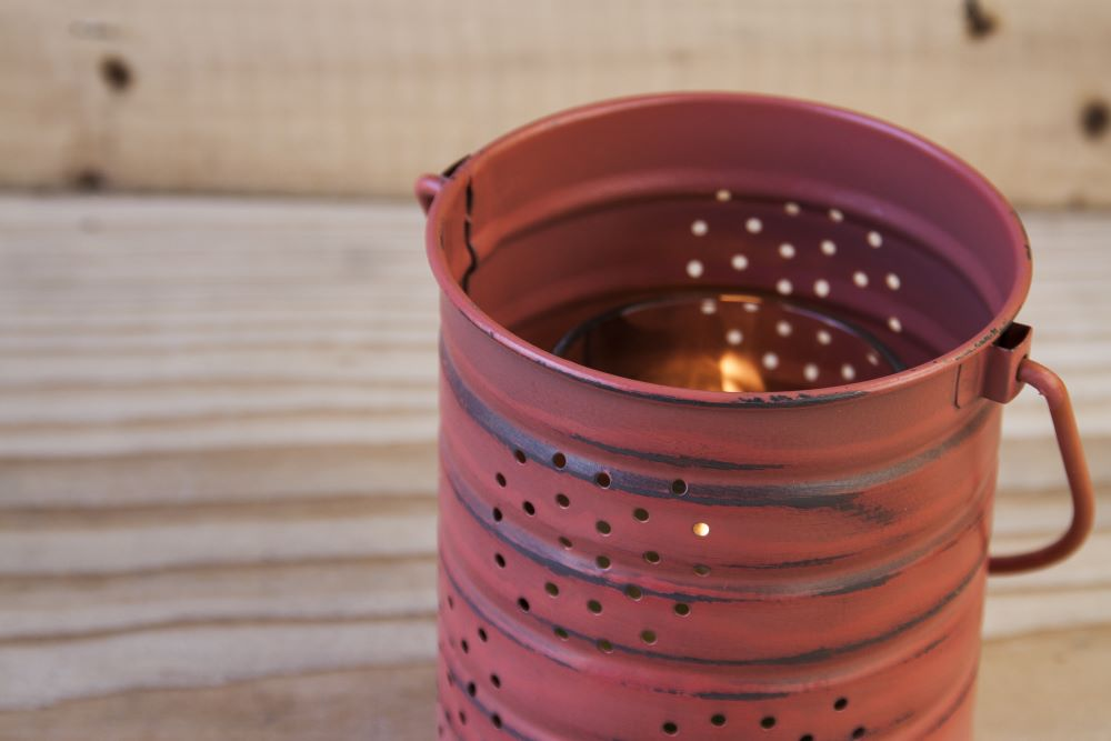 DIY Garden Decor - Tin Can Lantern