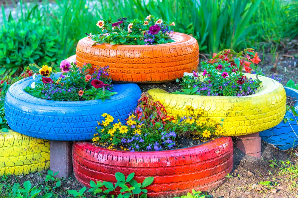 DIY Garden Decor - Tire Planter