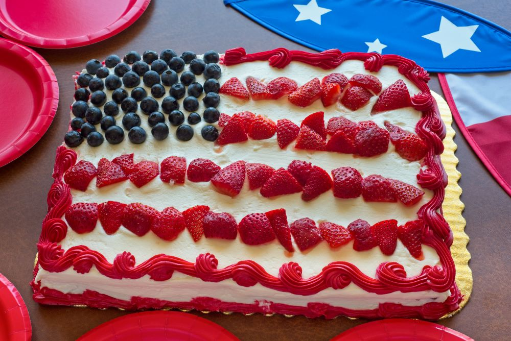 Desserts for the 4th of July -  Patriotic Flag Cake
