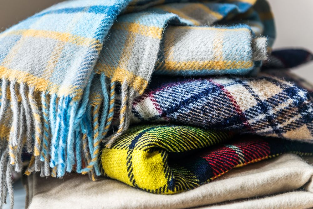 Decorate With Plaid Blankets
