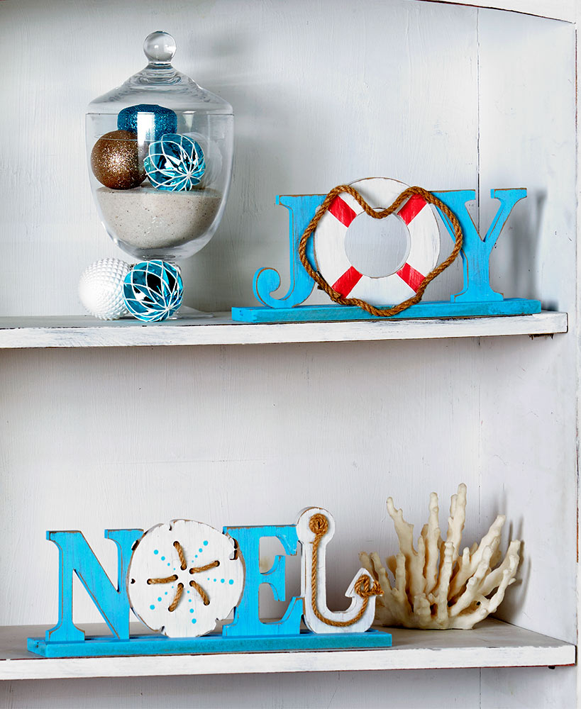 Coastal Christmas Wooden Table Signs