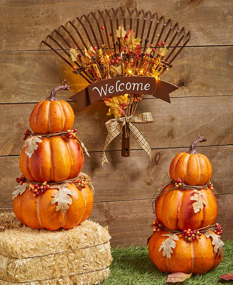 Stacked Pumpkin Stakes