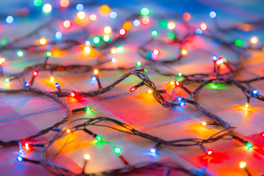 Christmas Decorating Ideas For Small Spaces - Colorful Christmas Lights