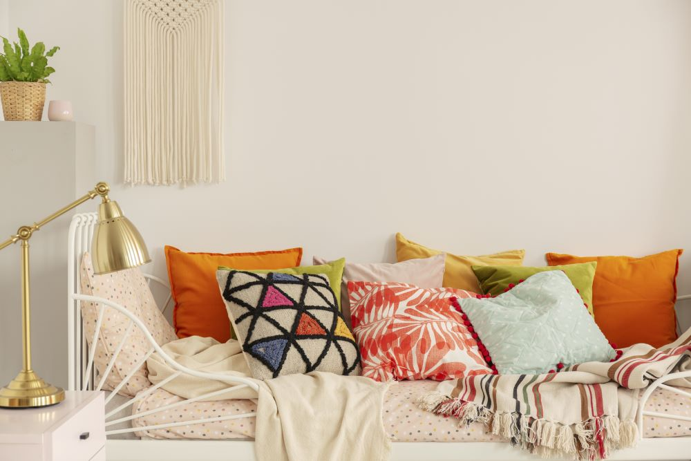 Affordable Teen Bedroom Decor Ideas - colorful throw pillows