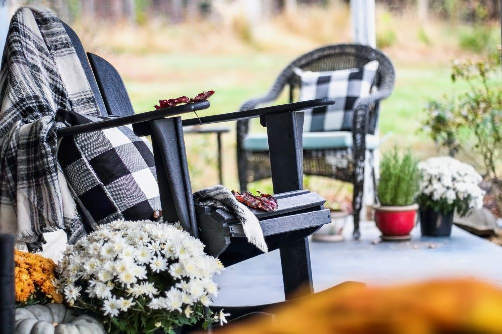 outdoor fall plaid throw pillows and blankets
