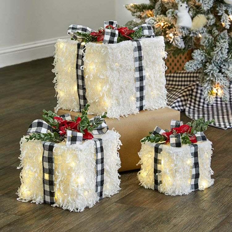 Set of 3 Lighted Winter White Gift Boxes