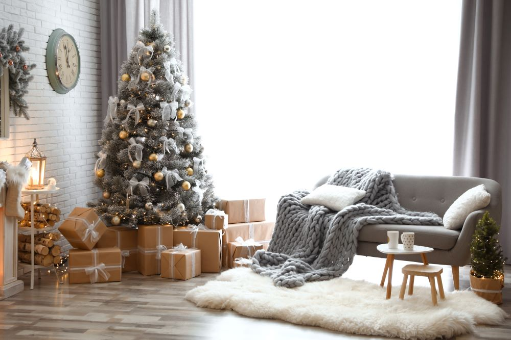 How To Make Your Living Room Cozy For Christmas - Faux fur rug