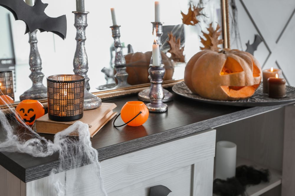 How To Transition Your Home From Fall To Halloween - halloween entryway table